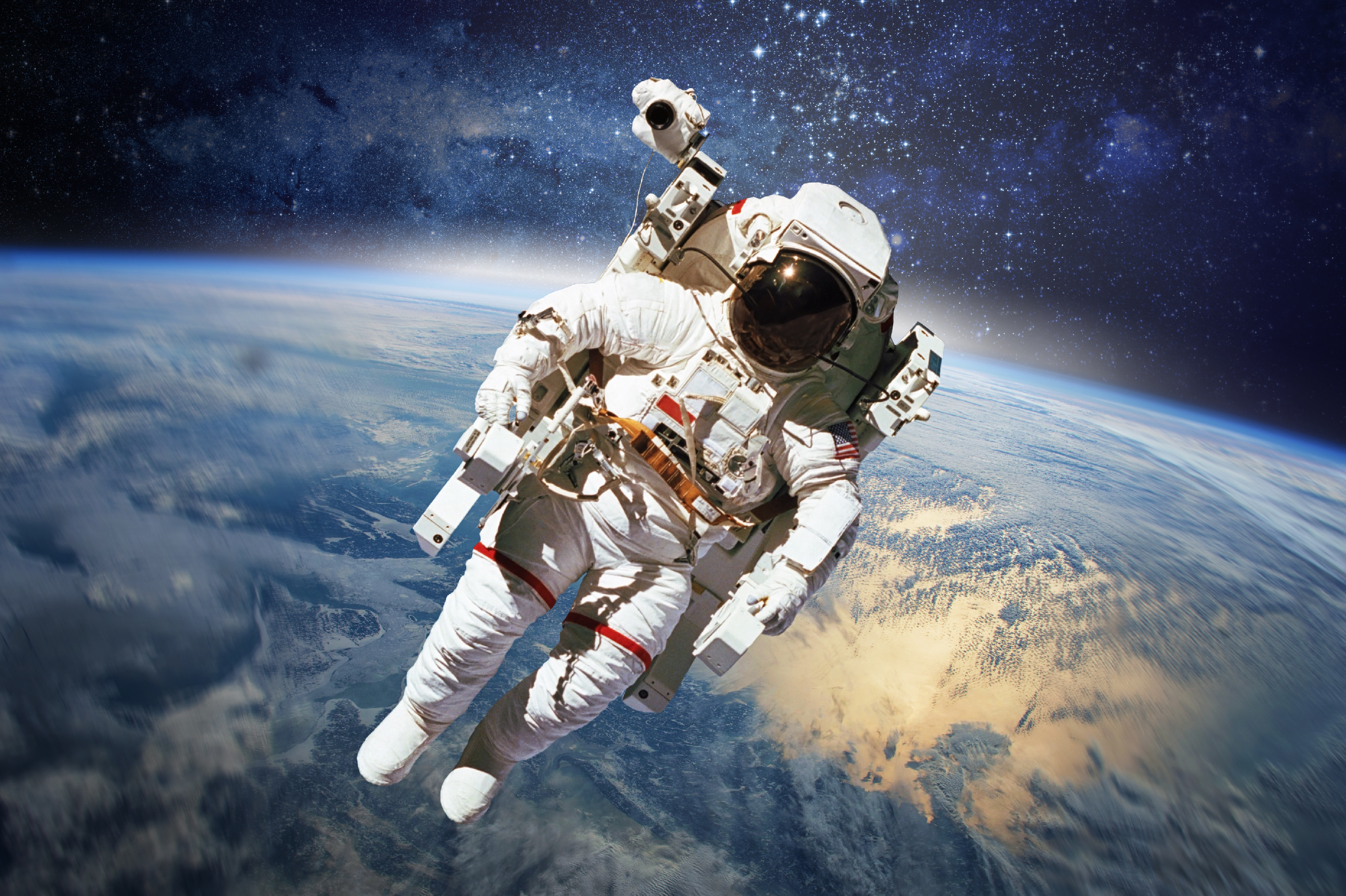 why astronauts in outer space experience weightlessness - photo #30